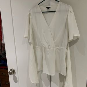 Beautiful Ann Taylor Top with tie front